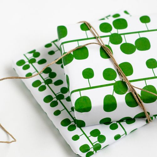 Christmas Gift Wrapper Design Printable.Free Downloadable Wrapping Paper A3 Designs That Have