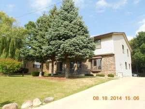 """milwaukee apts/housing for rent """"greenfield wi ..."""