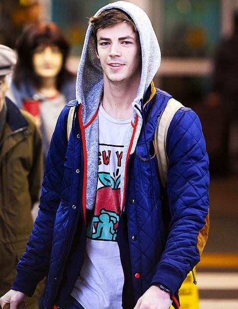 18 Reasons Why We Are Swayed by Grant Gustin's Adorable Moves | moviepilot.com