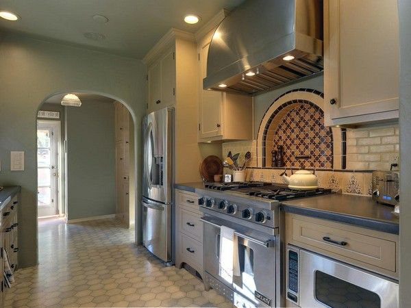 hexagonal terracotta tiles that are typical of spanish style kitchens - Spanish Style Kitchen