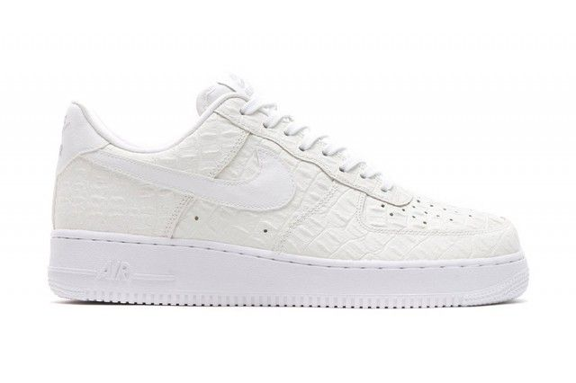 separation shoes c3f26 956d8 NIKE AIR FORCE 1 LV8 CROC PACK - Sneaker Freaker | Nike Free | Nike ...