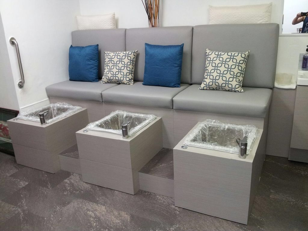 Custom Made Jet Less Pedicure Bench With Liners For Added Sanitation And Safety Pedicure Pedicure Station Salon Decor