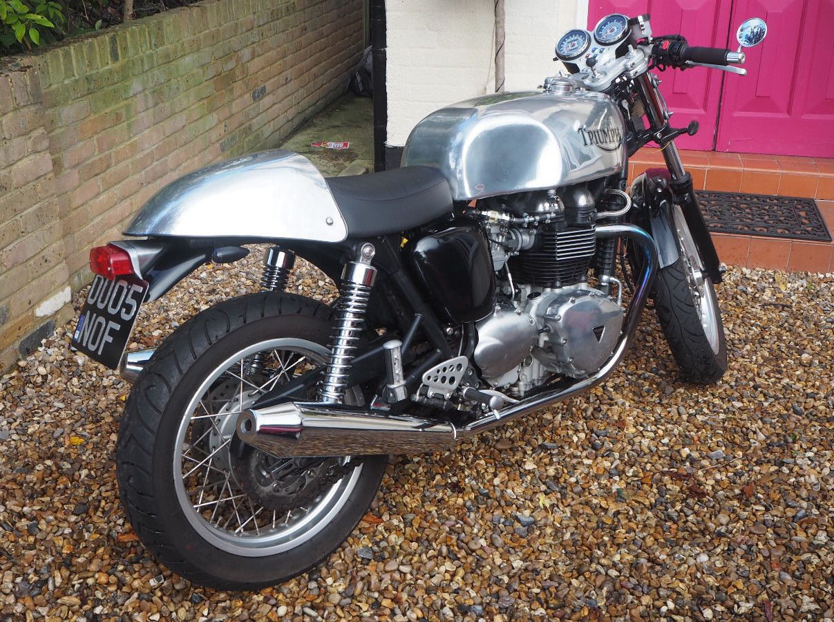 2005 Triumph Thruxton, Cafe Racer | Cafes, Cafe racing and Vehicle