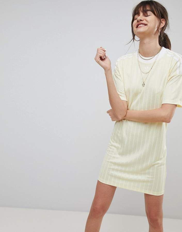 adidas originali tre strisce giallo vestito in sogno.