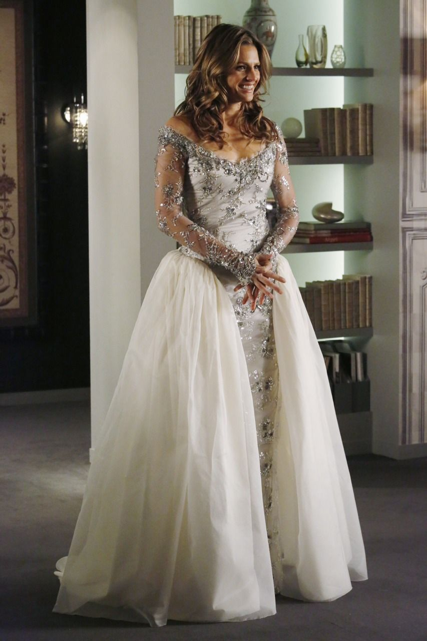 Castle~ Kate Beckett Wedding Dress Number 1 | TV Shows, Outfits ...