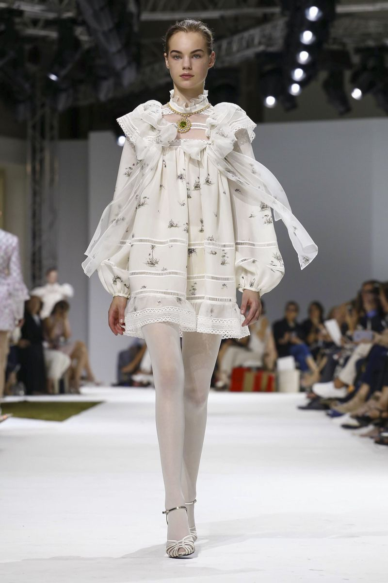 Buy Valli giambattista couture fall winter collection picture trends