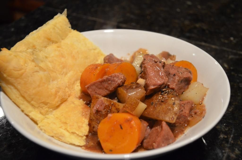 Slow Cooker Steak And Guinness Pie | Steak and guinness ...