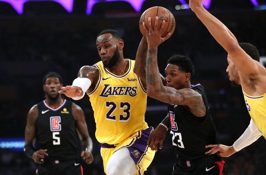 Los Angeles Lakers Vs La Clippers Season Opener Preview Tv Gambling Information Nba Lakeshow Lakers Vs Los Angeles Lakers Nba Funny