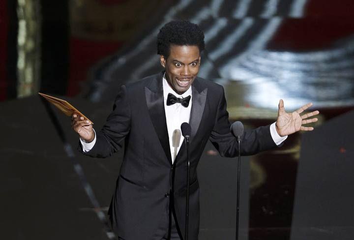 Chris Rock ha presentado el Oscar a mejor película animada con un ácido sentido del humor. http://www.rtve.es/mediateca/fotos/20120227/gala-los-oscar-2012/89977.shtml #Oscars