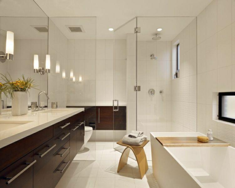 Stauraum Badezimmer ~ Badeinrichtung stauraum feng shui spiegel wandleuchten badewanne