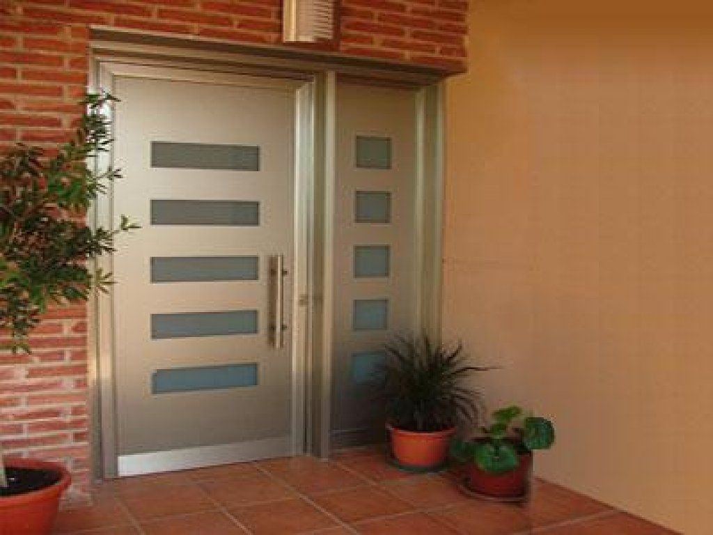 fotos de puertas de entrada aluminio en blanco modernas