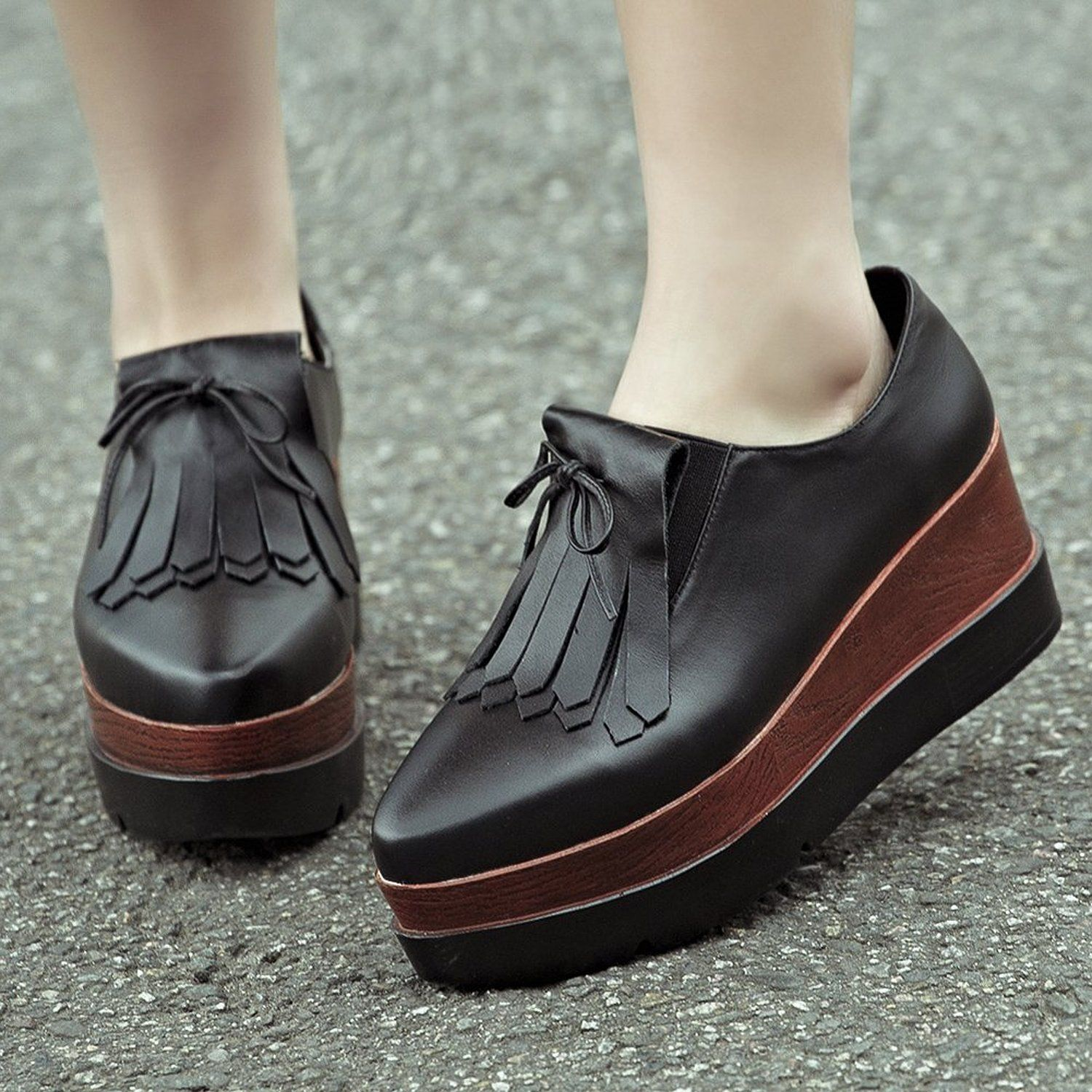 Amazon.com: MINIVOG Thick Treaded Sole Platform Womens Loafer Shoes with  Bows and Tassels