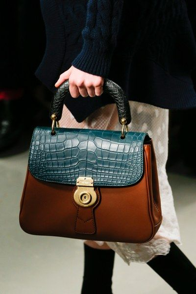 Burberry Spring 2017 Ready To Wear Fashion Show Beautiful Handbagsburberry Prorsumdesigner