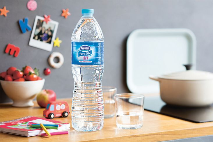 Nestlé et Danone ensemble pour inventer la bouteille en bois et carton