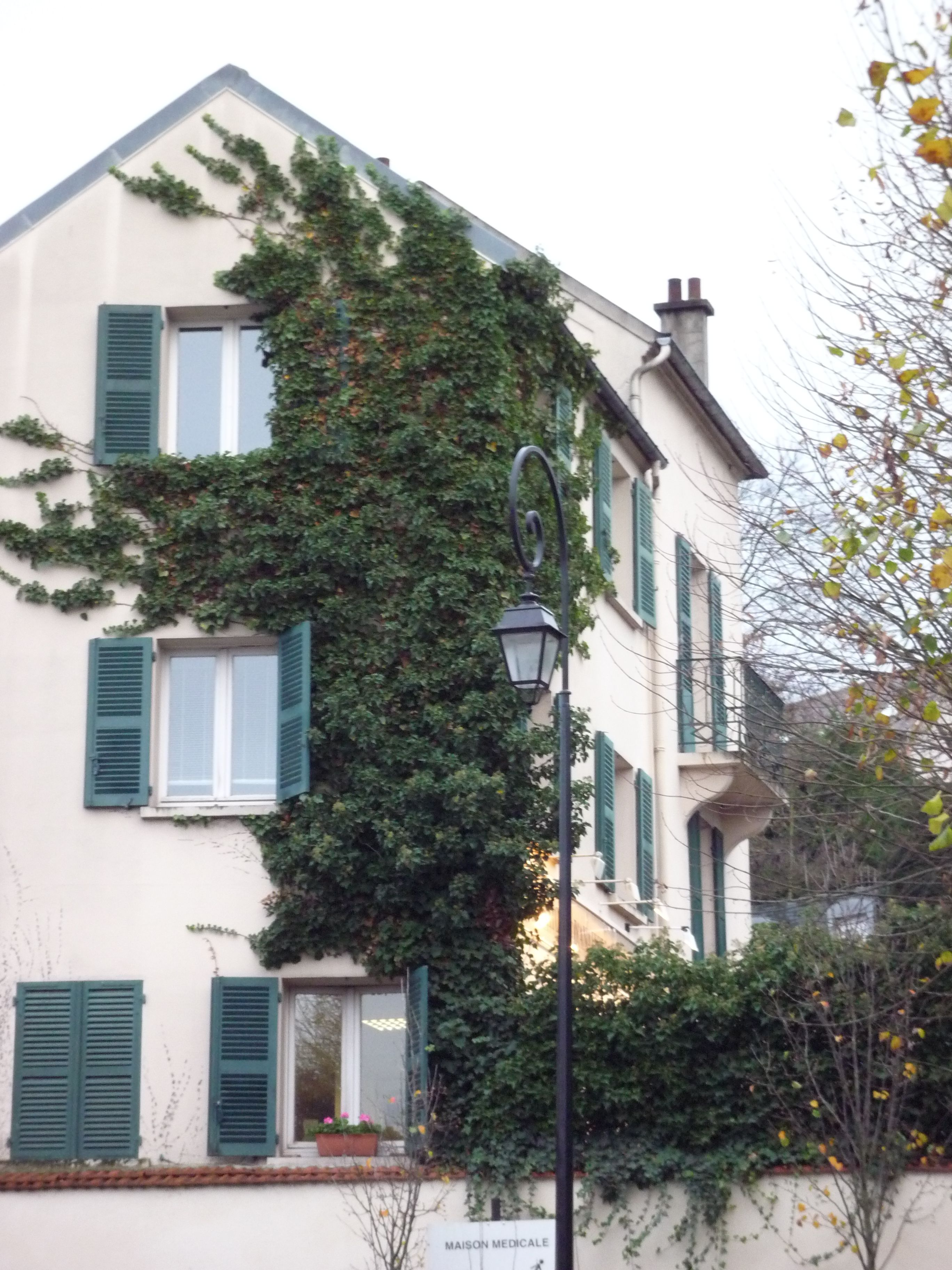 Berthe Morisot (1841-1895) a vécu à Bougival (Isla de Francia, Francia) - http://www.tourisme-bougival.com/visiter-bougival/maison-de-berthe-morisot/