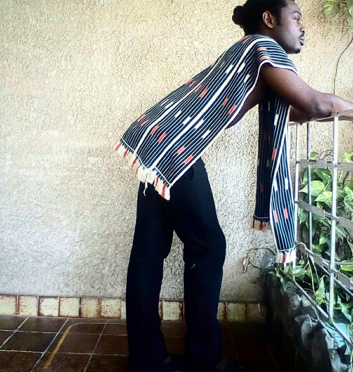 haut en pagne baoul toffe tiss la main originaire de la c te d 39 ivoire unisex les. Black Bedroom Furniture Sets. Home Design Ideas