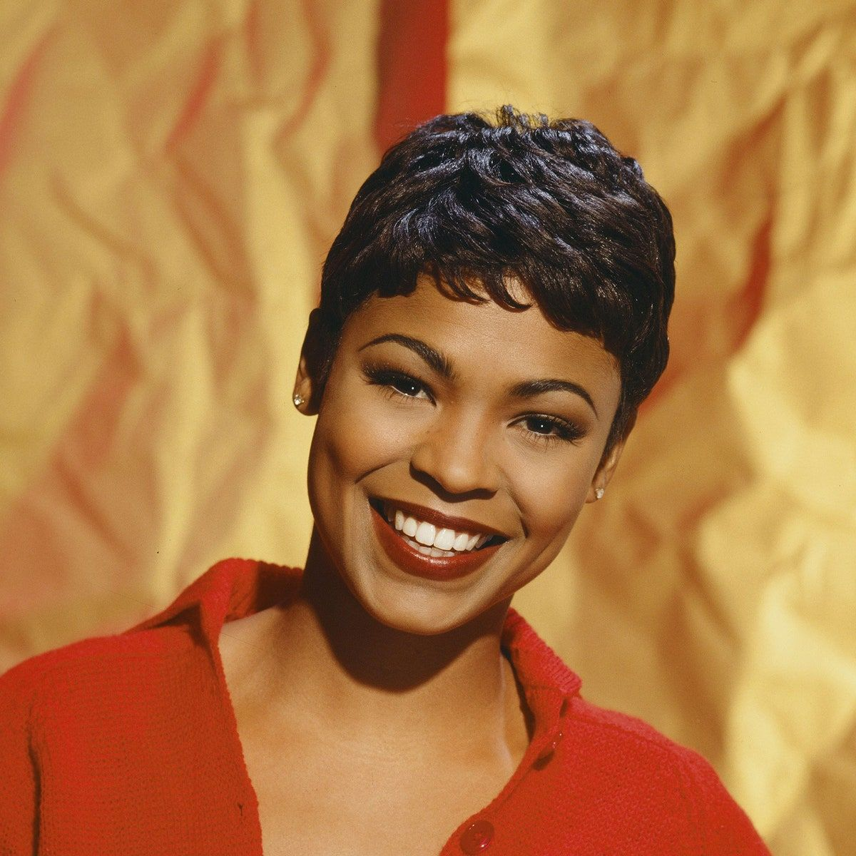 The 13 Most Iconic Short Haircuts Celebrities Had In The 90s Nia Long Short Hair Styles Nia Long Short Hair