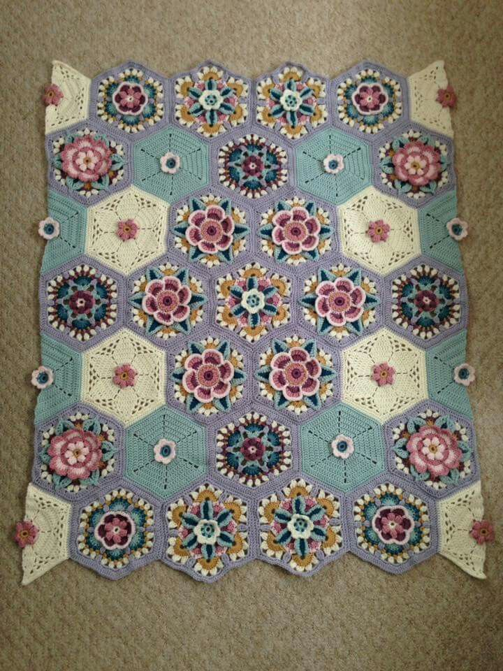 Frida's Flowers Blanket CAL 2016 ... Variation ...