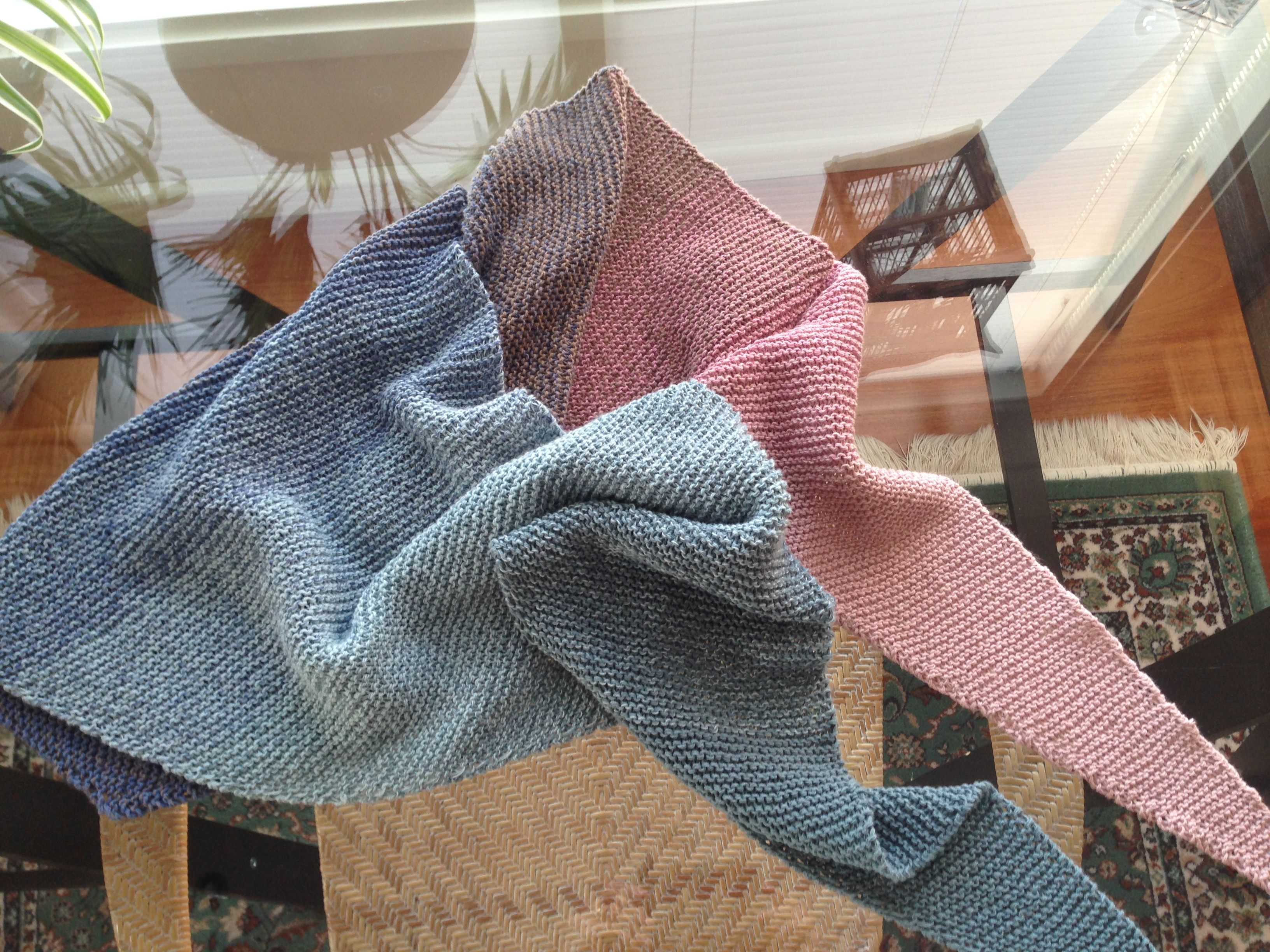 Crochet Flowers Shawl by Atty van Norel with only 3 balls of Katia ... | 2448x3264