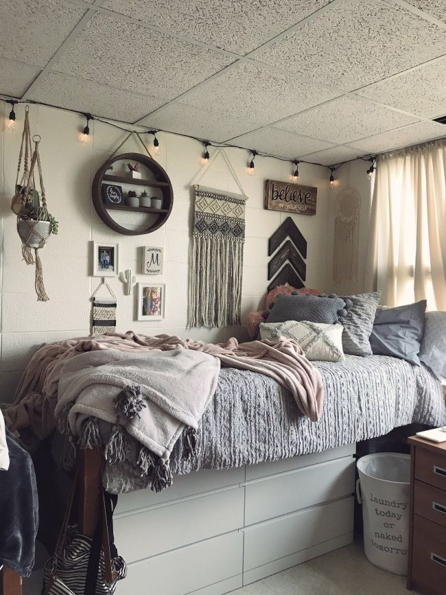 Pin By Shannon Sokolowski On Bedroom In 2019 Pinterest Dorm Dorm Room And Bedroom College Dorm Room Decor College Bedroom Decor Dorm Room Inspiration