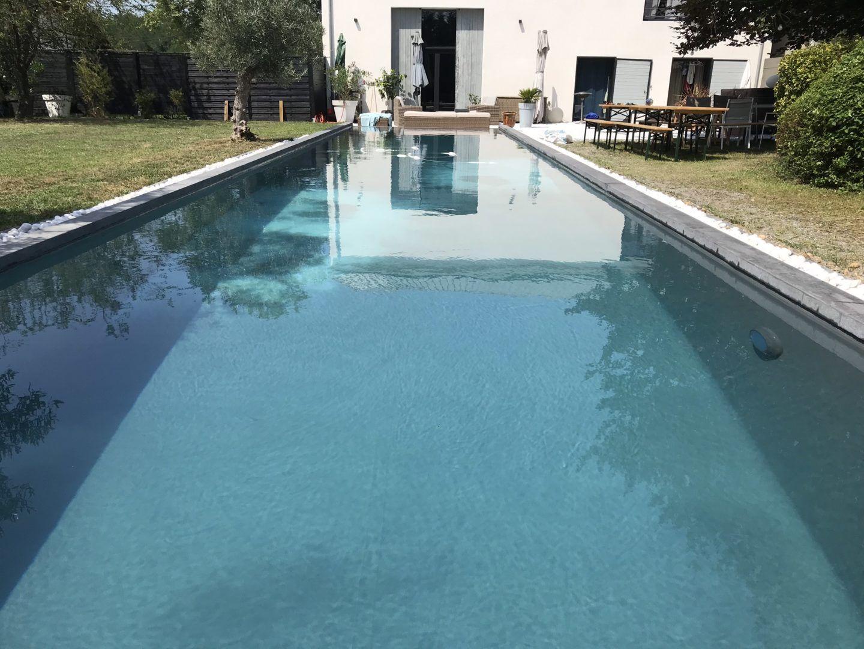 construction couloir de nage 15×3  lyneo piscines