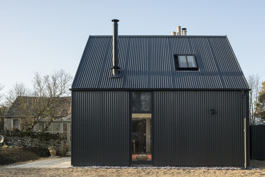Corrugated Metal Extension By Eastabrook Architects Detached Houses In 2020 Metal Roof Houses Corrugated Metal Black House Exterior