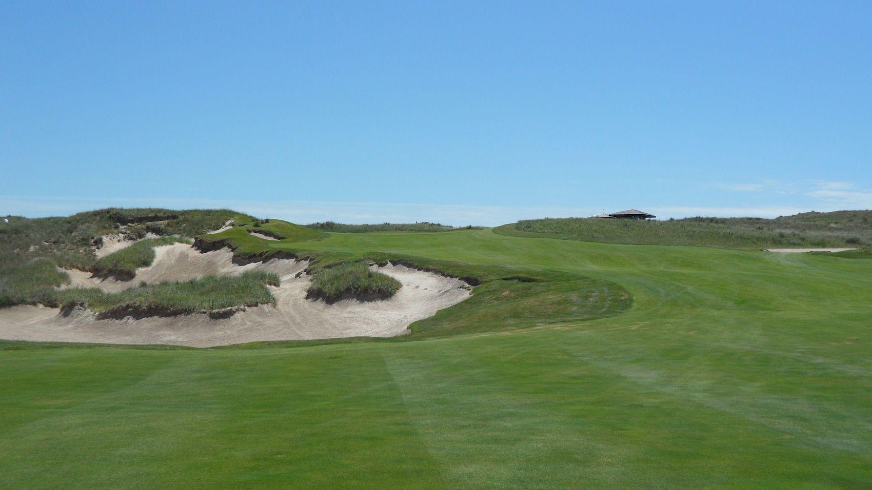 Sand Hills Golf Club Golf Tripper Golf Golf Clubs Golf Courses