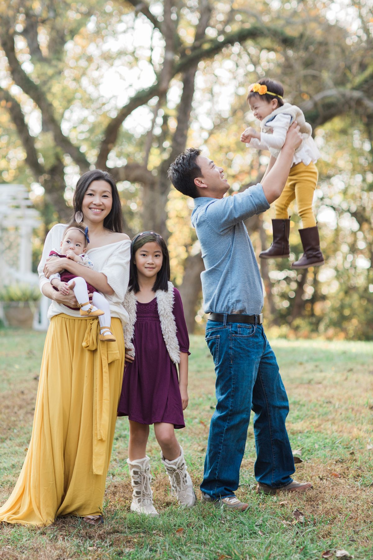 Fall family photos, family photo outfit ideas, family photo session, mustard yellow skirt, family photography, family photography ideas, family photography posing, atlanta ga, best family photographer #familyphotooutfits