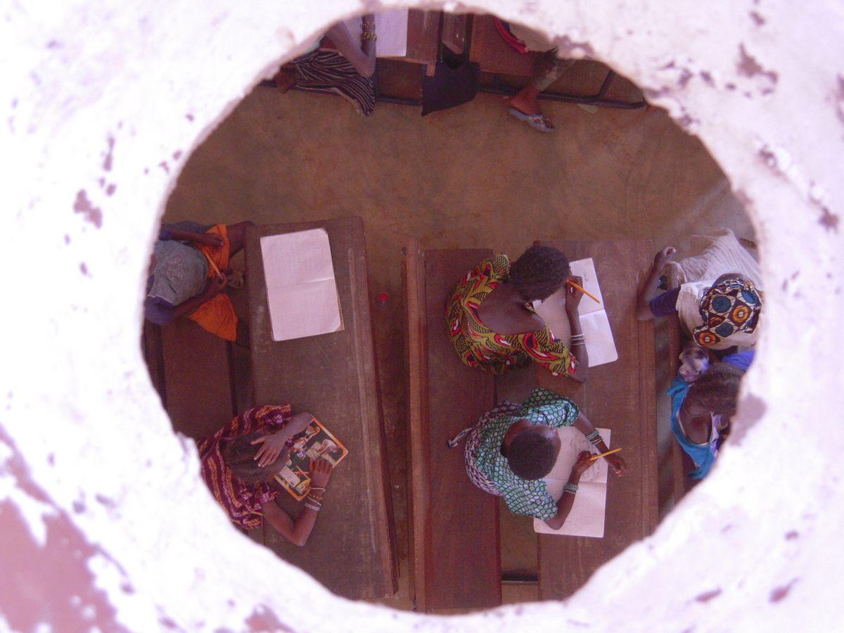 Scuola comunitaria a Djinindjebougou Emilio Caravatti 2008