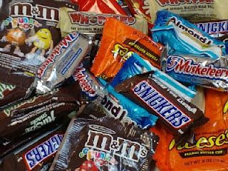 candy bar get to know you game for the first hall day. let ...