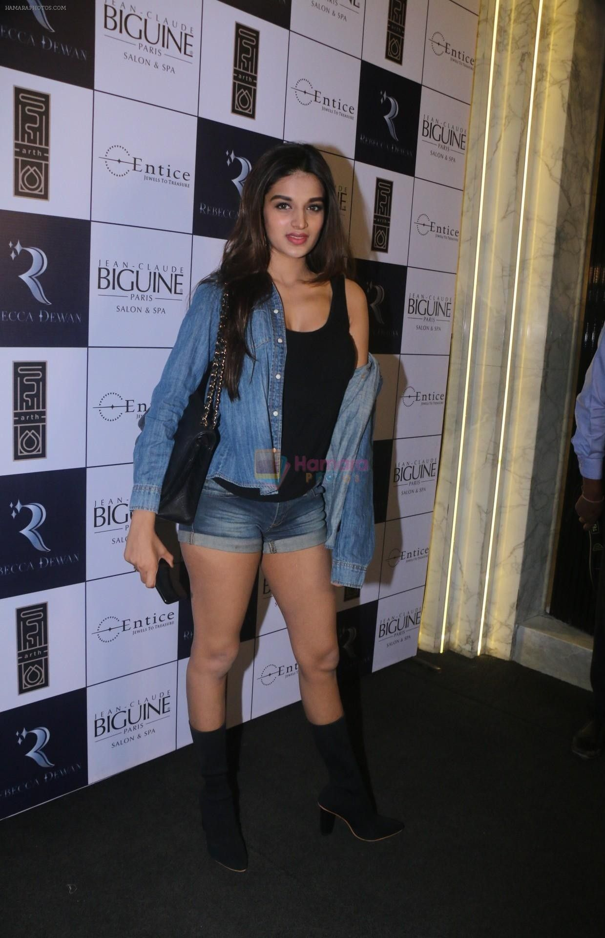 Pin by Shweta Kumaria on style clothes in 2020 Indian