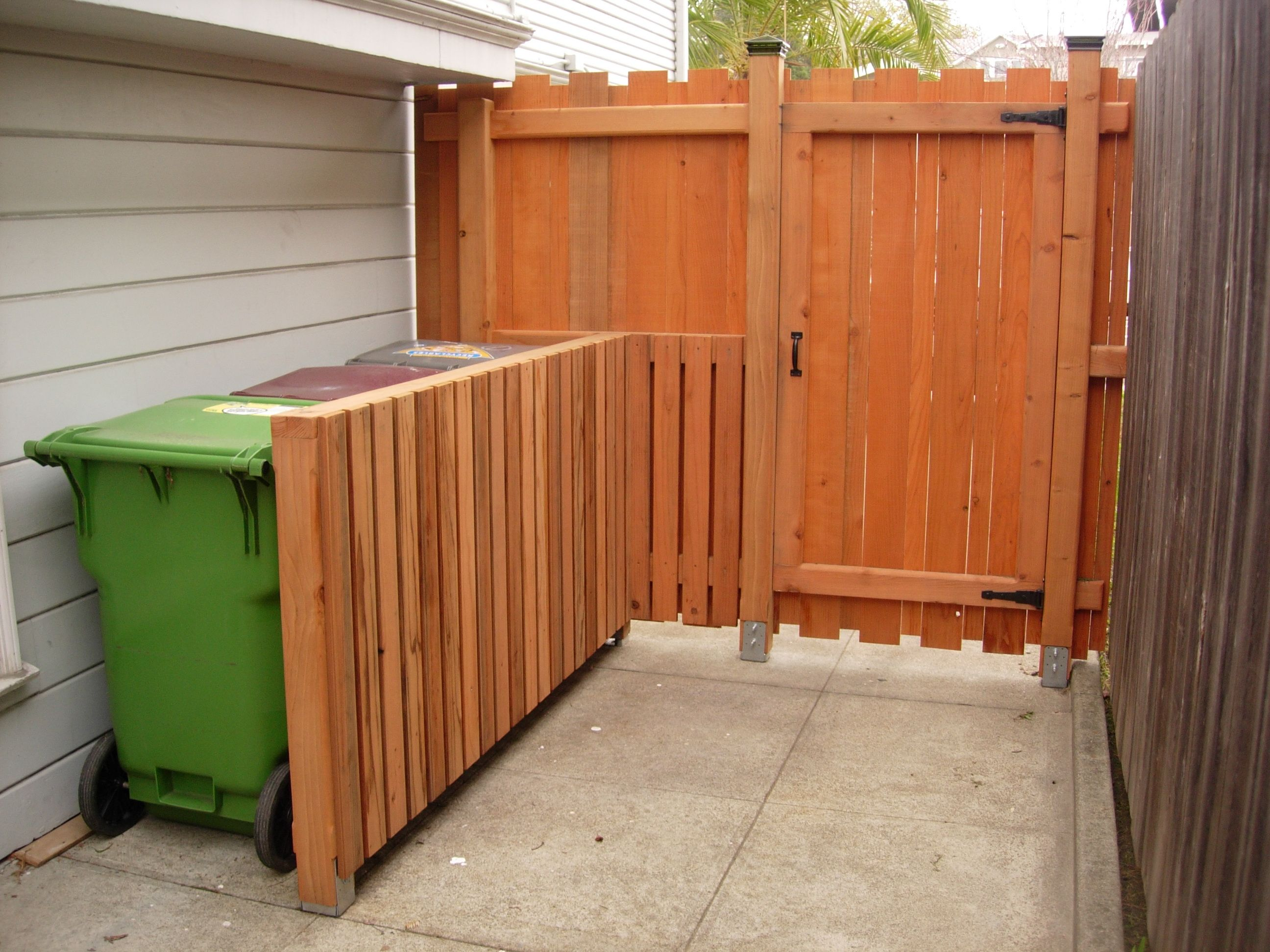 garbage privacy fence hide trash cans