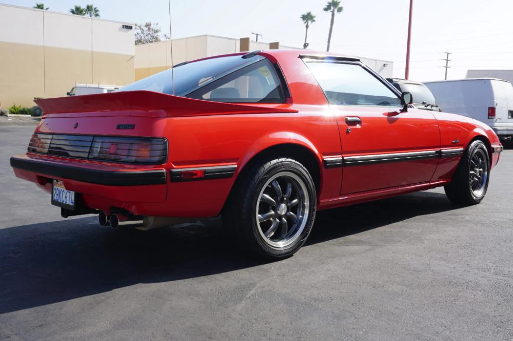 No Reserve 1985 Mazda Rx 7 Gs In 2020 Mazda Rx7 Mazda Classic Cars
