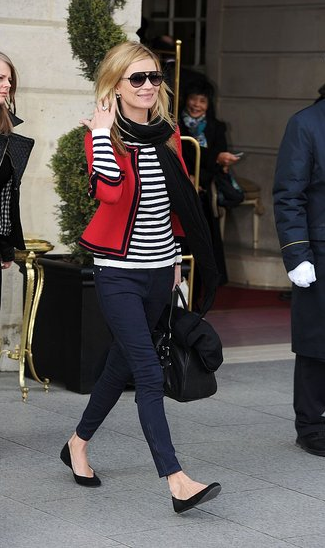 despite her cocaine issues and general grossness, kate moss's outfit is cute