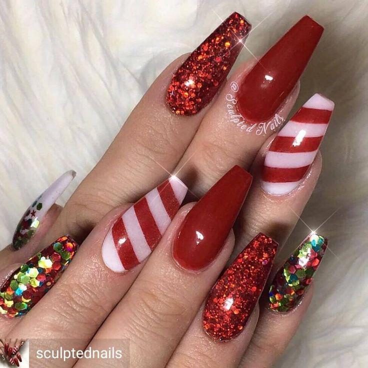 Wunderschöne Candy Cane Rote Weihnachtsnägel #christmasnails #christmasnailart #chris #christmasnails