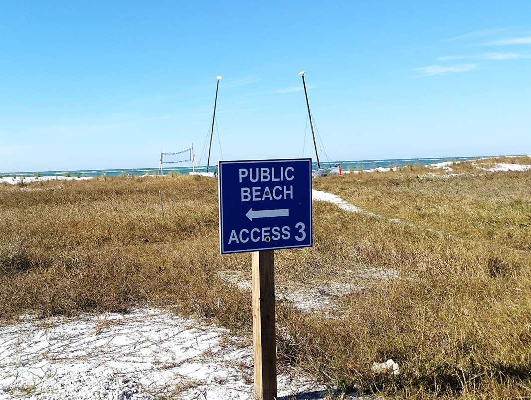 We Re Just A 6 Minute Walk From Siesta Beach Access 3