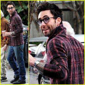 Swoon swoon swoon. It's Adam Levine.