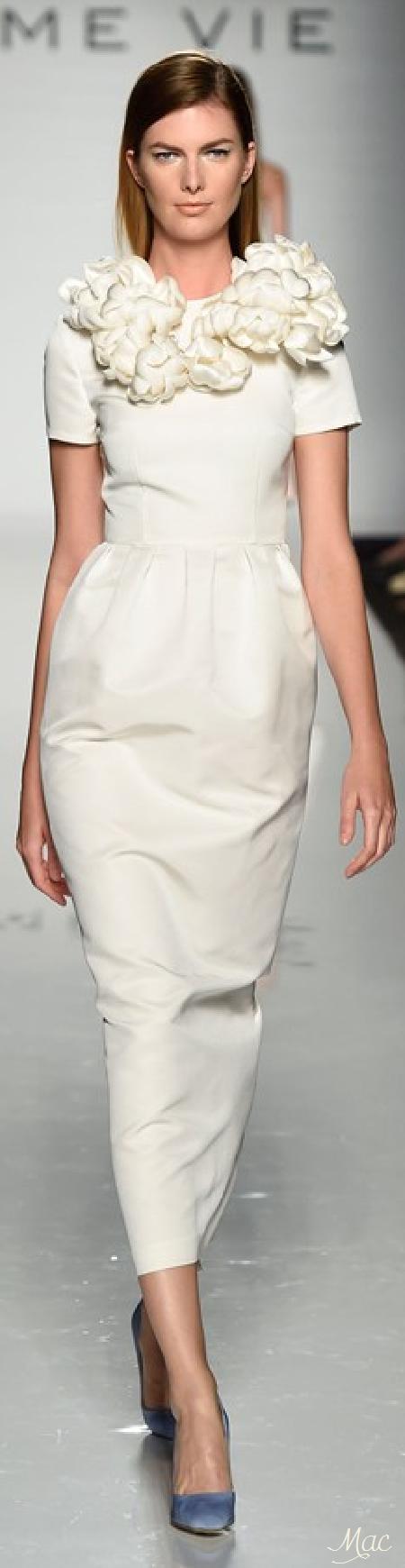 Spring 2015 Ready-to-Wear Esme Vie