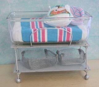 1:12 scale  dolls house miniature handmade hospital bed /& furniture 5 items.