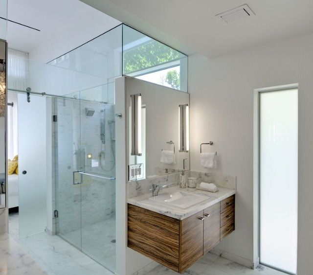 Gorgeous Glass Showers | Bathroom cabinets, House design ...