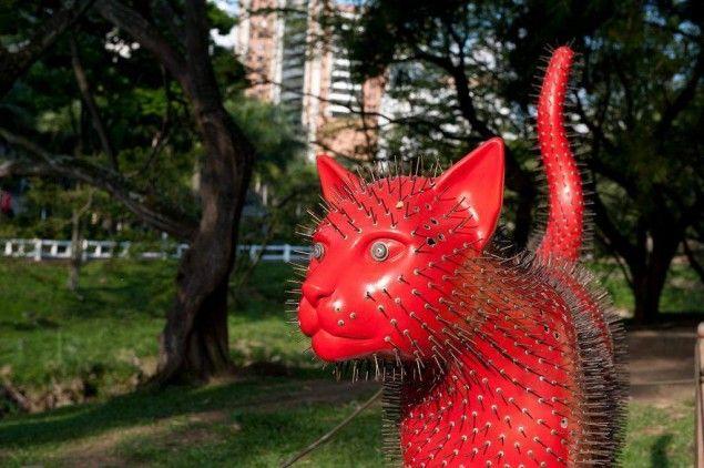 Cat park in Cali - Parque del Gato de Tejada » Tripfreakz.com