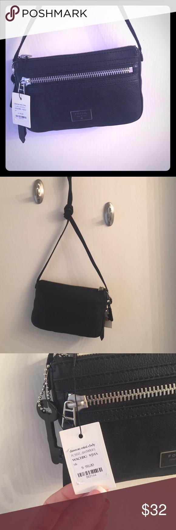 Black cross body purse Brand new black cross body bag Fossil Bags Crossbody Bags