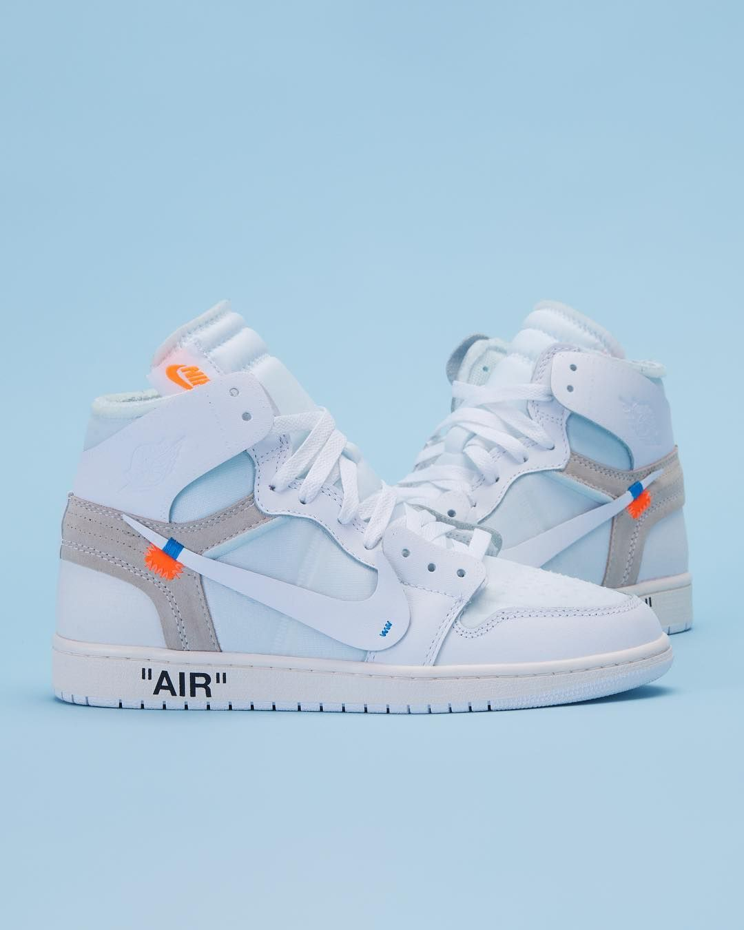 """En el nombre Elevado tirano  StockX on Instagram: """"Round of applause for one of our 2018 favs, the Air Jordan  1 Retro High Off-White 👏👏👏"""" 