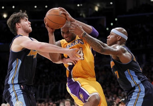 Nuggets Live Denver Loses At Lakers Down 2 0 In Series Lakers Kobe Bryant 24 Sports