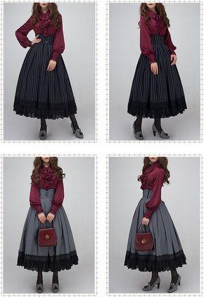 Schmuck im Sonnenaufgang - Weihnachtskonzert - Vintage Lolita Bluse -  #bluse #lolita #schmuc... #emodresses