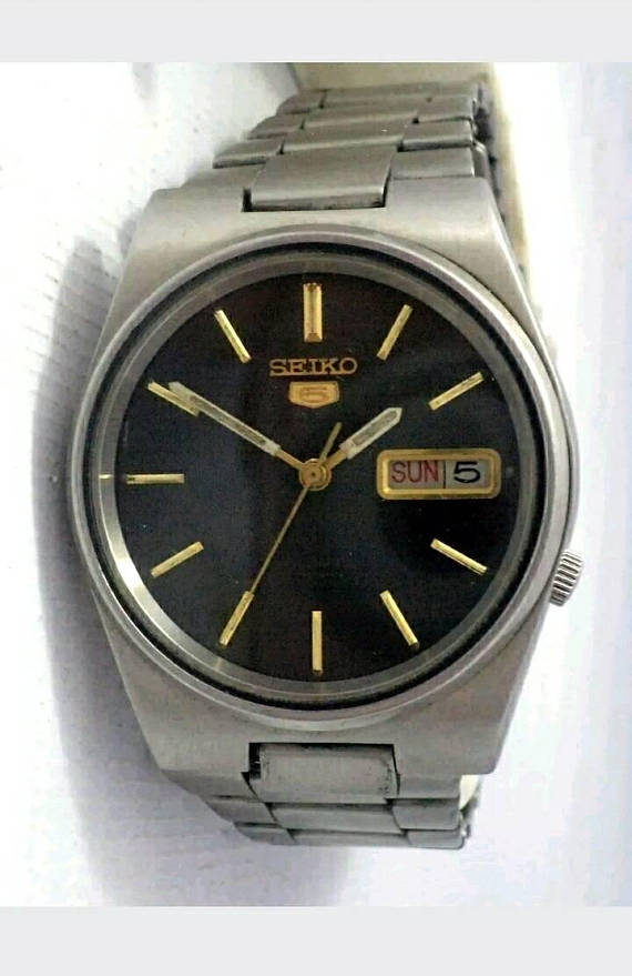 fc14d9b59 VINTAGE SEIKO 5 Automatic, 21jewel Mens Watch. Japan Made, Black Dial, Day/Date  Stainless Case & Ban