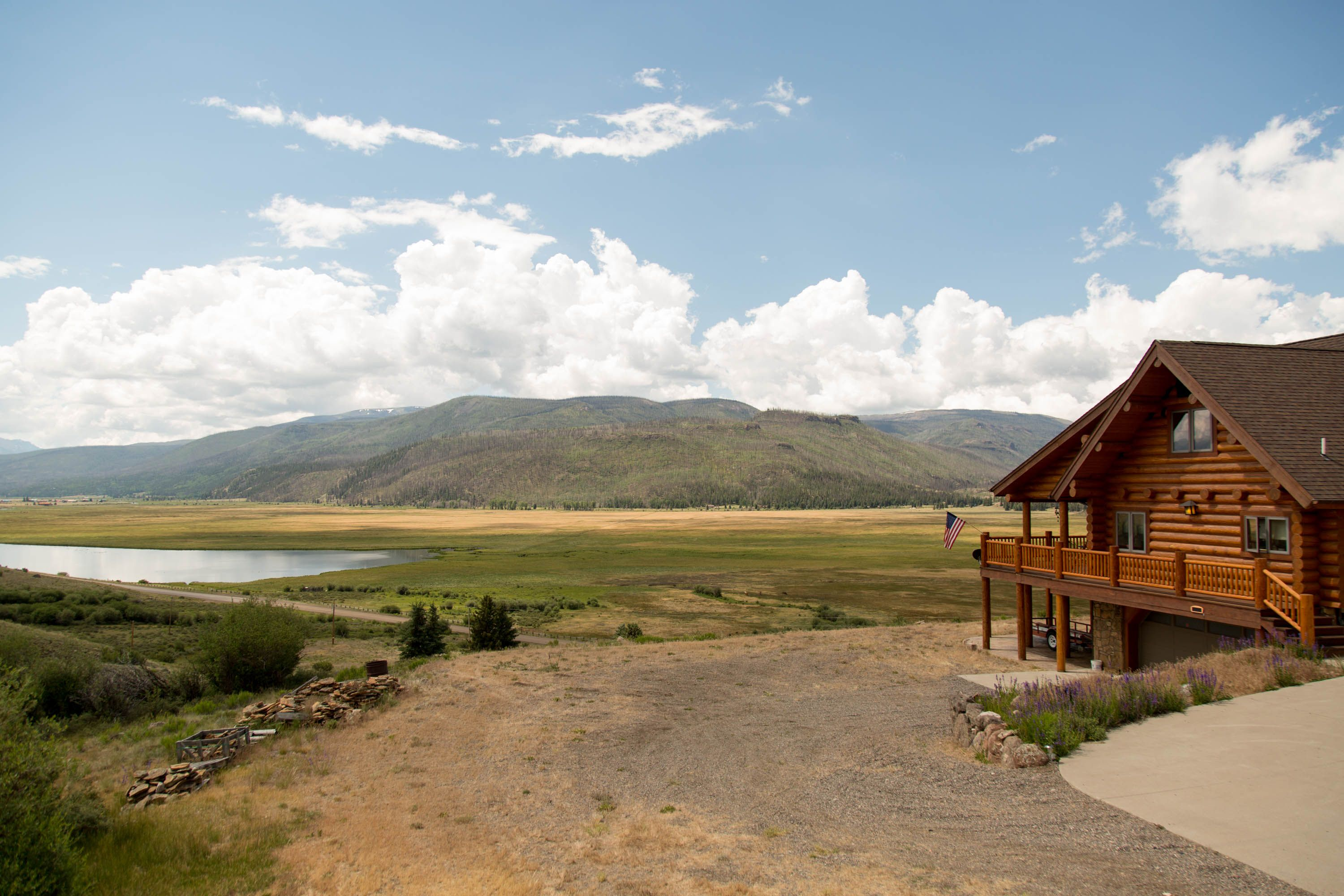 Spectacular Log Home In Creede Colorado Beautiful Views And More Come See For Yourself Log Homes Cabins For Sale House Styles