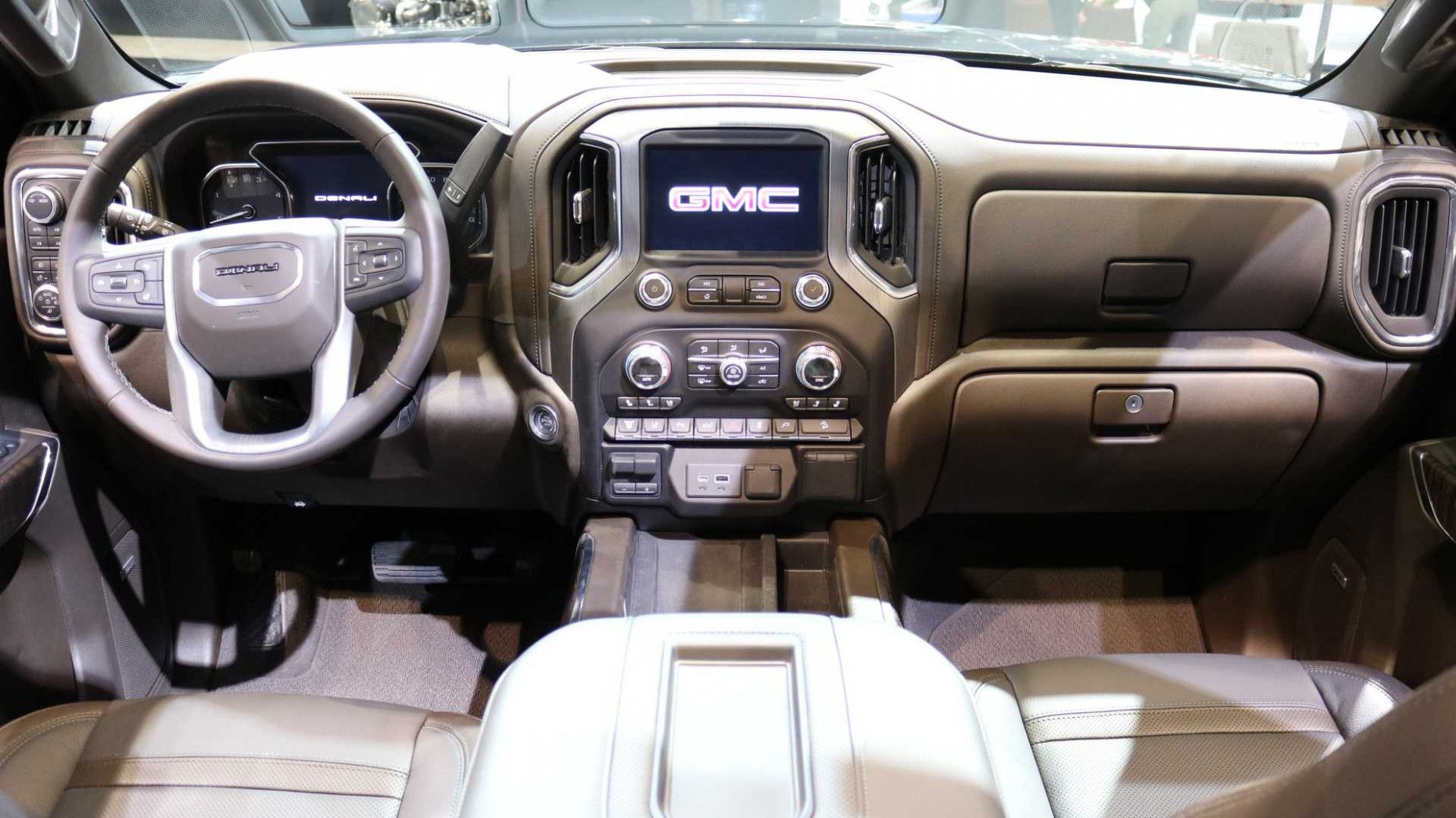 2020 Gmc Sierra Interior Concept And Review In 2020 Gmc Sierra