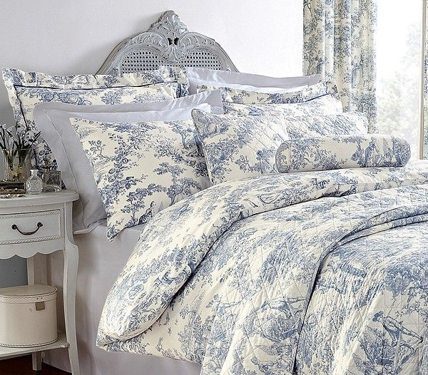 Vintage Bedroom Design Interior Ideas With Pure Cotton Duvet Cover - French blue bedroom design