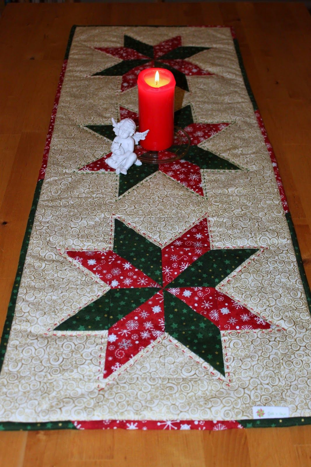 green & red Christmas table runner | Tischläufer für Weihnachten in ...